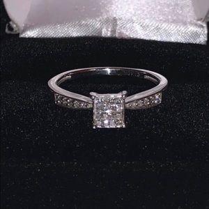 10kWG .32ctw natural princess cut diamond ring
